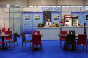Construma 2014 - A Reneo Café is az Impala Bútorkereskedő Kft. székeit és asztalait választotta