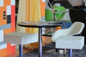 BNV Kiállítás, 2012 - Impala Bútorkereskedő Kft. dizájnos bárszékei, bárasztala és koktélfotele