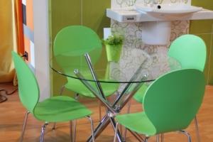 BNV Kiállítás, 2012 - Impala Bútorkereskedő Kft. Shell székei többféle színben is kaphatóak