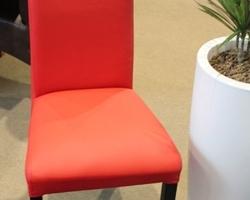 Construma 2014 - Impala Bútorkereskedő Kft. piros Itala széke