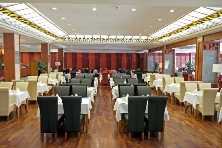 Hotel Azúr - LUTCIA székek