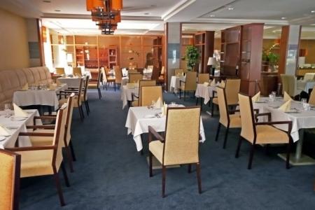 Hotel Azúr - Impala karszékek