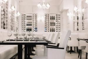 La Pampa Argentin Steakhouse - Fehér terem székek