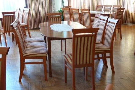 Óbudai Idősek Otthona, Budapest, Kiskorona utca - Impala étkező asztalok és székek