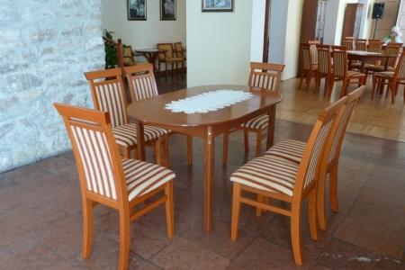 Óbudai Idősek Otthona, Budapest, Kiskorona utca - csíkos étkező székek