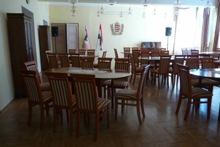 Óbudai Idősek Otthona, Budapest, Kiskorona utca - minőségi székek és asztalok