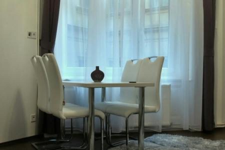 Otthon - Impala Bútorkereskedő Kft. ENYA székei