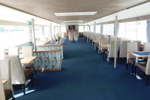 Primus Rendezvényhajó - Impala székek rendezvényhajón