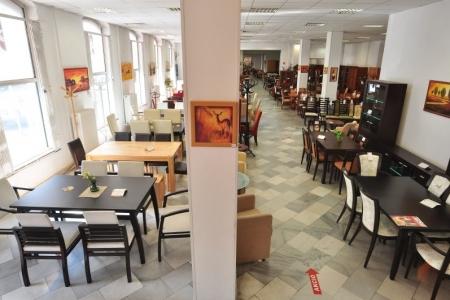 Impala Bútorkereskedő Kft. - Áruház belső tér