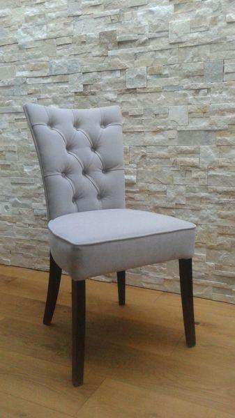 Chester kárpitozott szék (10 gombos)
