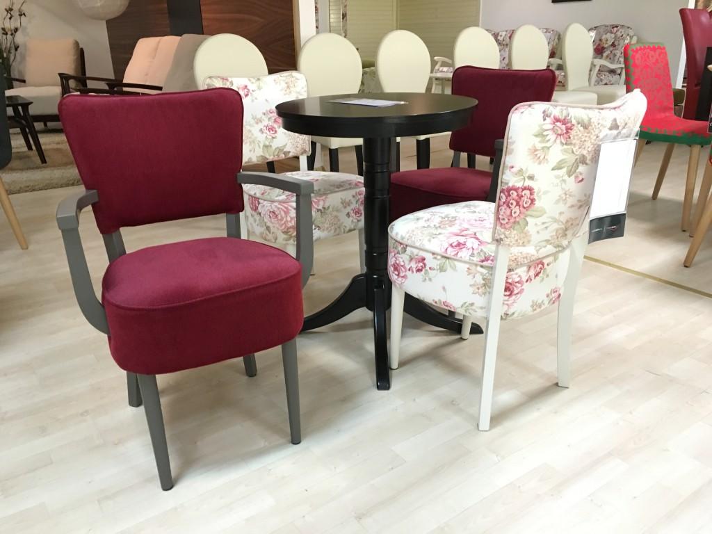 párnázott székek