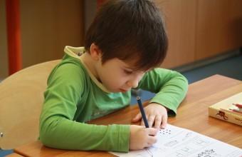 Iskolakezdés, gyerekforgószék