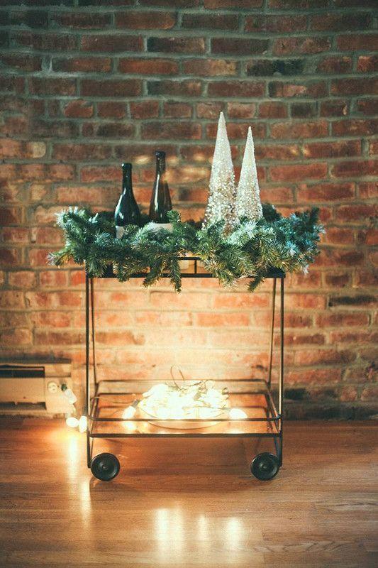 Egyedi díszítésű karácsonyi zsúrkocsi
